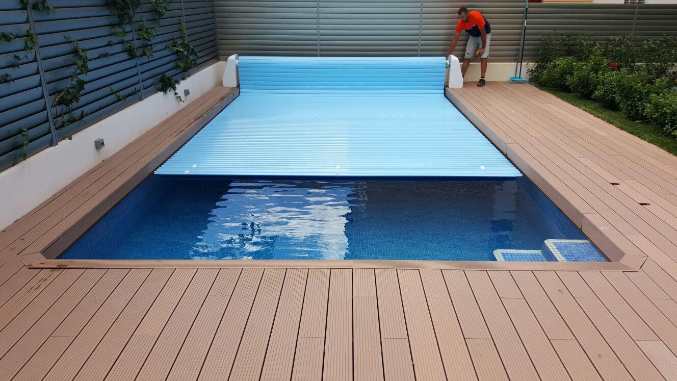 En PoolPlay somos expertos en la instalación de cubiertas automáticas para piscinas.