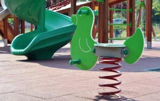playground-902226_1280