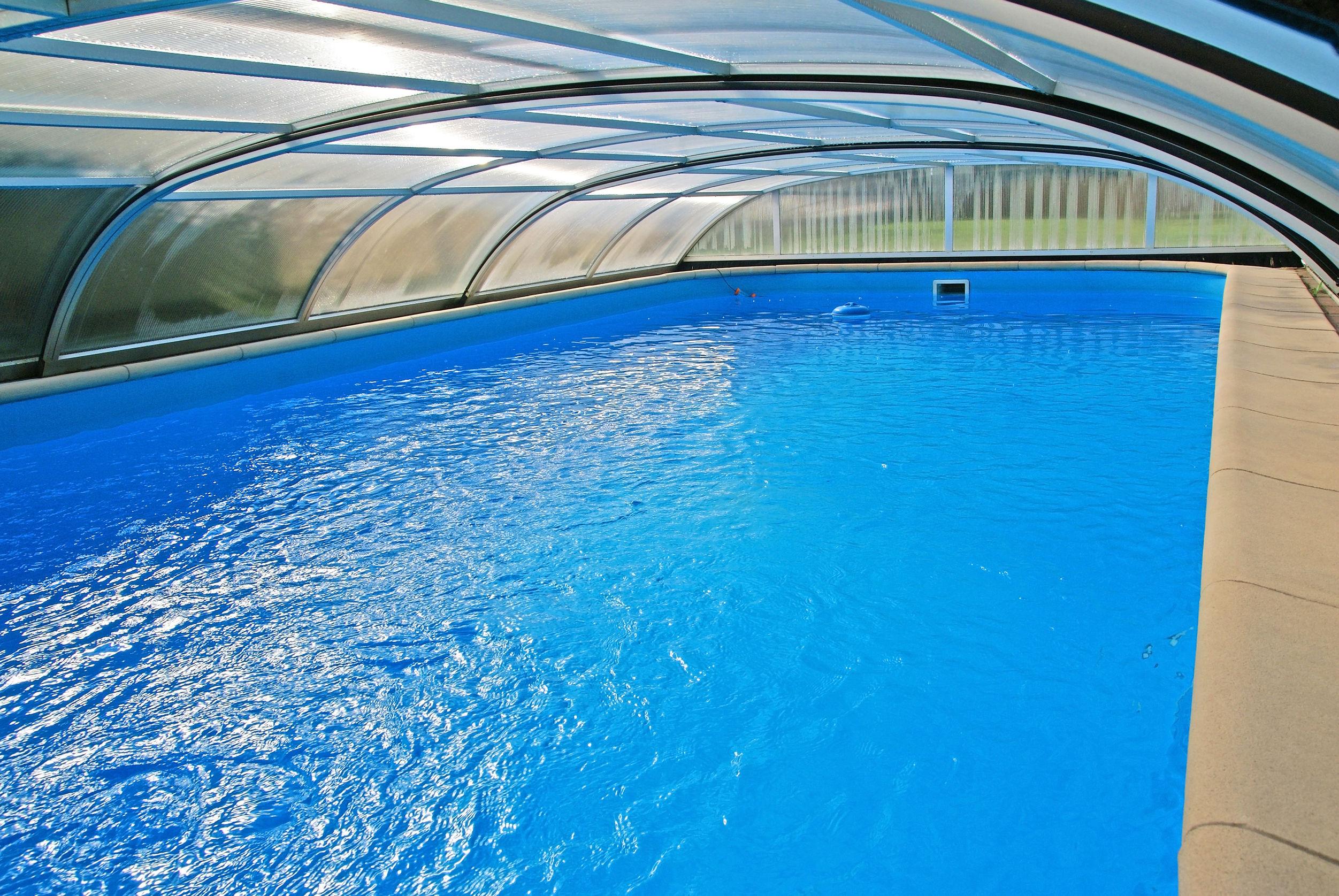 Tendencias en cubiertas innovadoras para piscinas