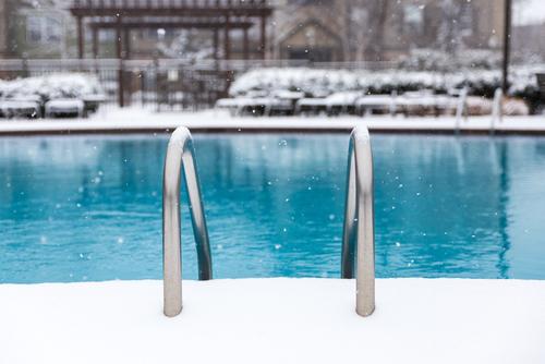 4 Consejos para mantener tu piscina en invierno