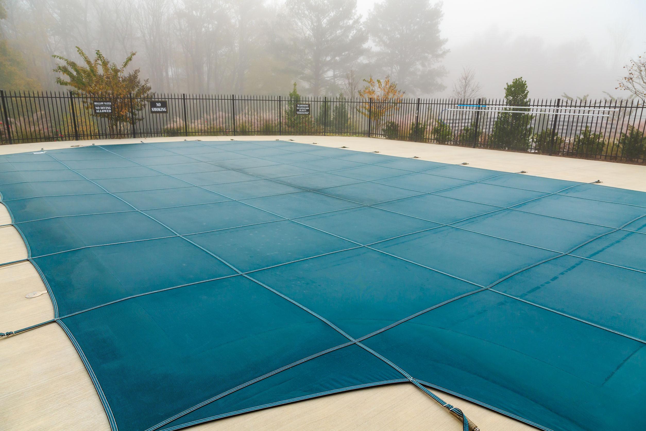 Ventajas e inconvenientes de las cubiertas de piscina