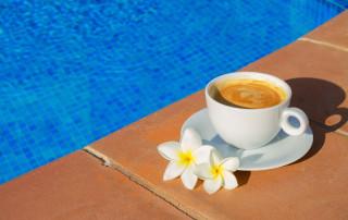 Sigue todos nuestros consejos para la puesta a punto de la piscina