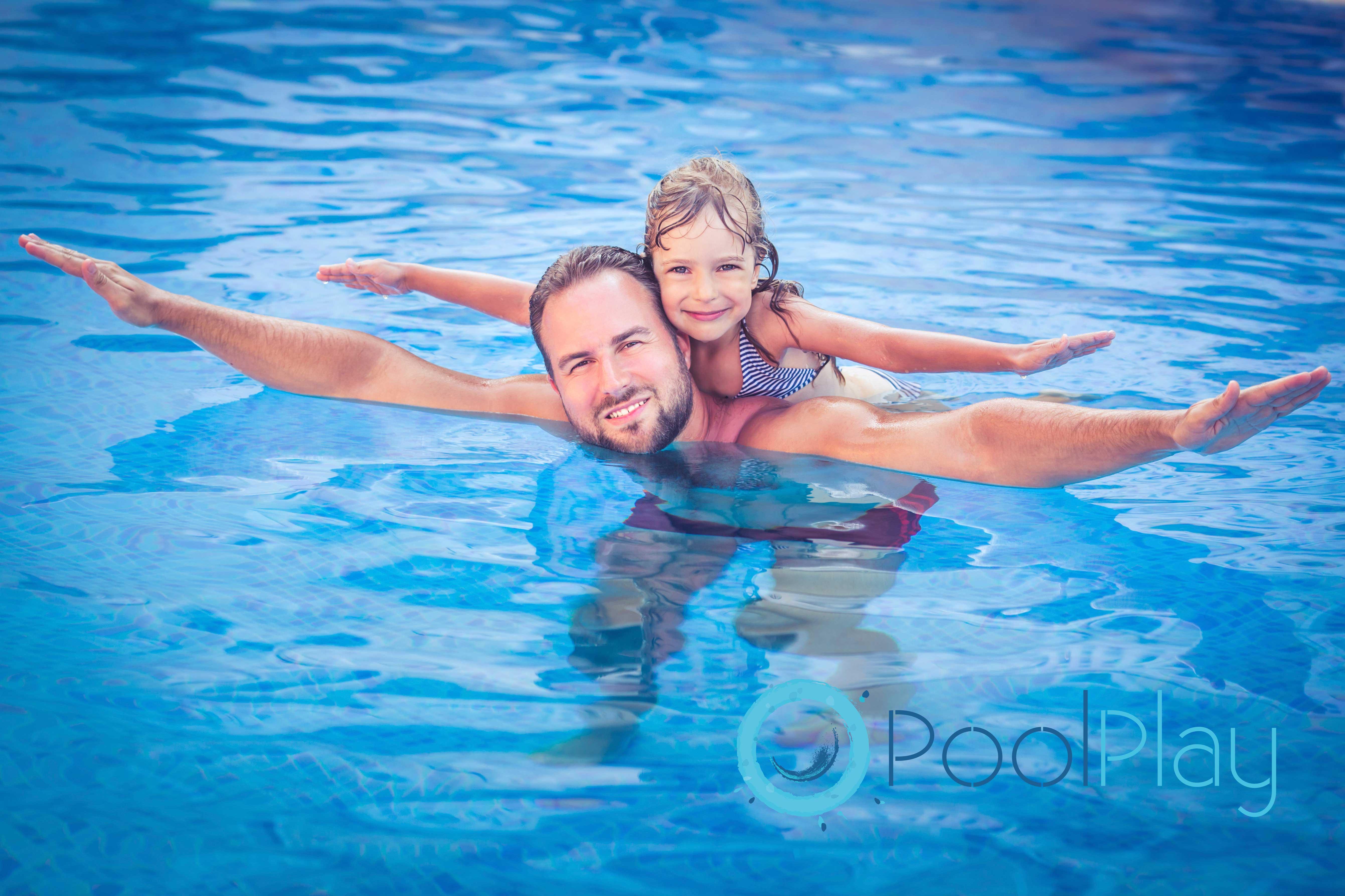 Descubre cómo eliminar y prevenir el agua verde de la piscina siguiendo los consejo de PoolPLay