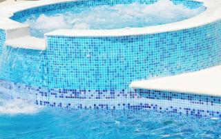 La piscina ideal: elementos que las hacen únicas
